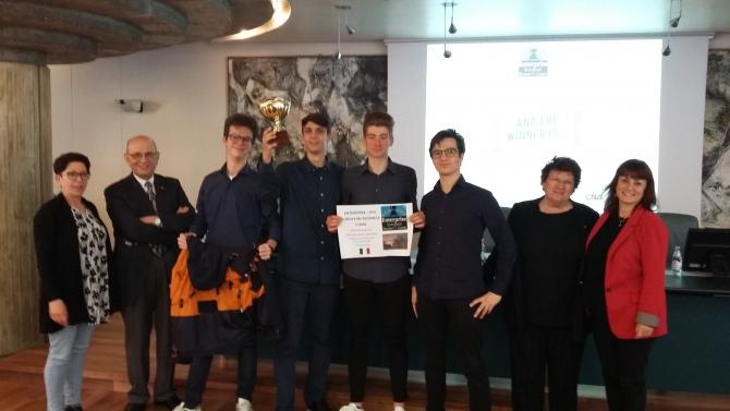ENTERPRISE BUSINESS GAME - Gli studenti del Liceo Torricelli – Ballardini di Faenza vincono la finale nazionale 2019